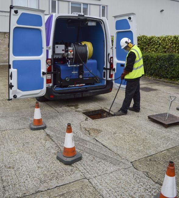 Reactive 02 plumber unblocking outside drain